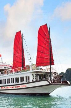 halong bay half day tour cheap wooden boat kayak cave transport bus