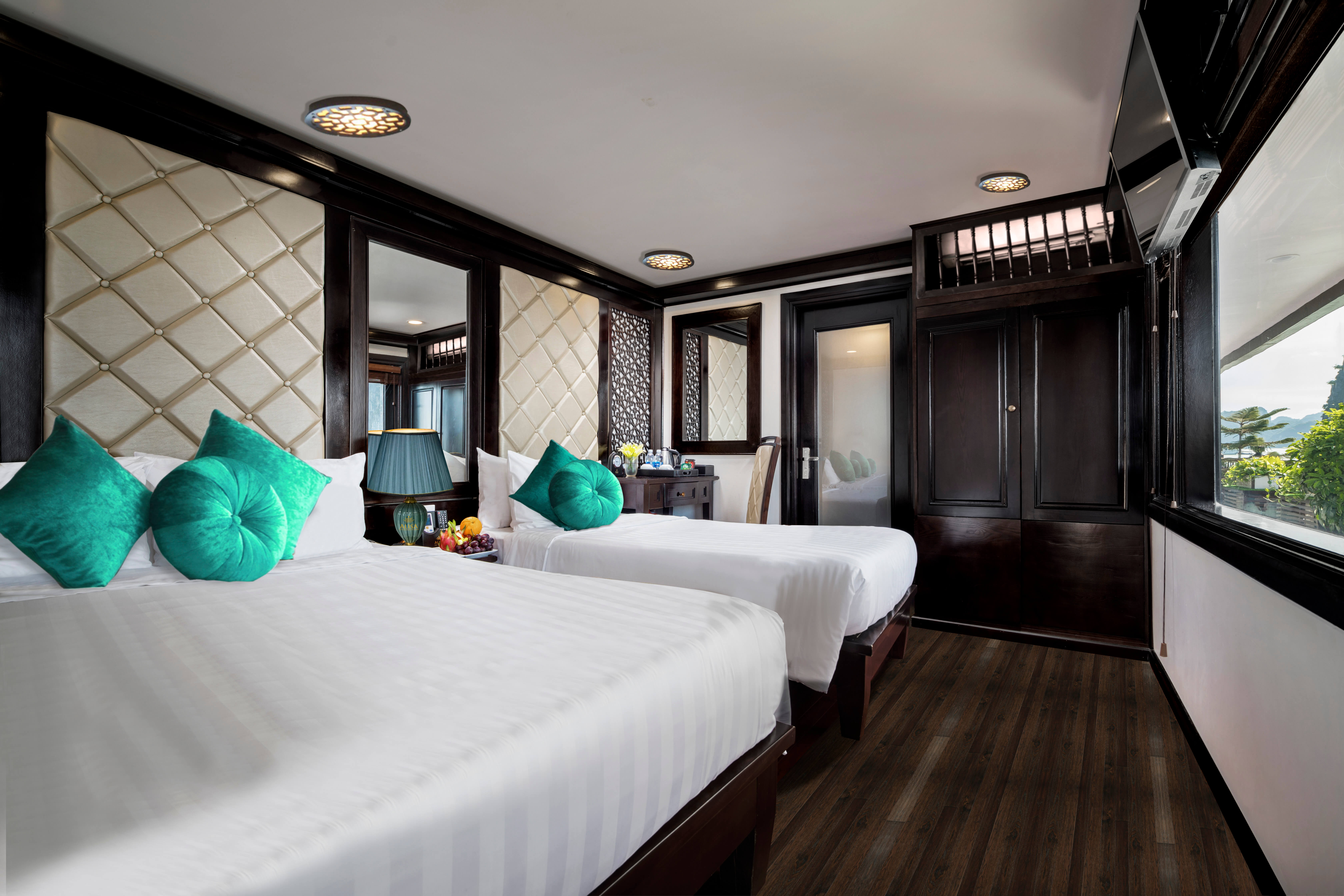 alisa premium cruise halong bay over night cruise